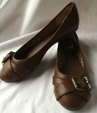 NIB G by GUESS Shoe Solid Brown Women's Ballet Flats 'GG CHATTY' Buckle Size 6 M