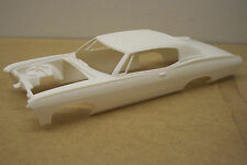 1967 CHEVY CAPRICE WITH BENCH SEAT INTERIOR 1/25 SCALE RESIN