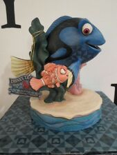 WALT DISNEY TRADITIONS FLOATING FRIENDSHIP FINDING NEMO DORY BOXED FIGURINE