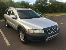 Volvo: XC70 Base Wagon 4-Door