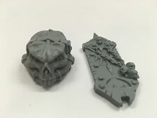 Warhammer 40k Pre Forgeworld Chaos Imperial Knight Head w/ groin plate