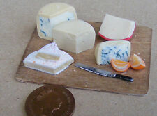 1:12 Large Cheese On A Board Dolls House Miniature Delicatessen Food Shop