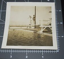Man & Woman ond Diving Board Pool Swimsuit Retro Vintage Gay Int Snapshot PHOTO