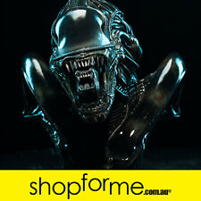 Alien Warrior Legendary Scale Bust by Sideshow Collectibles