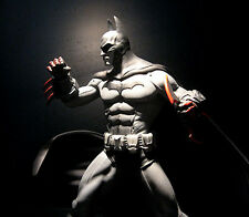 DC: Batman Arkham City: BATMAN statue - (sideshow/catwoman/joker/superman)