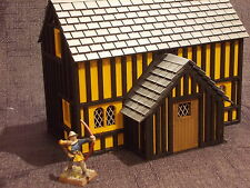 WARGAME SCENERY TUDOR BUILDING  KIT WOULD SUIT WARHAMMER STYLE  GAMES
