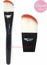 EXCELLENCE ANGLED FOUNDATION BRUSH Soft Flat Make-Up brush