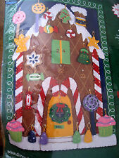 Dimensions Felt Applique Christmas ADVENT CALENDAR Kit,GINGERBREAD HOUSE,#8157