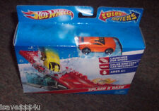 NEW HOT WHEELS COLOR SHIFTERS SPLASH & DASH PLAYSET CAR CHANGES COLOR  DUNK TANK
