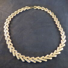 "VINTAGE NINA RICCI GOLD TONE CHEVRON V LINK NECKLACE 17 1/2"" MARKED ""NR"""