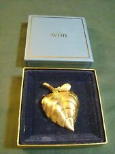 AVON LEAF PIN SOLID PERFUME HOLDER