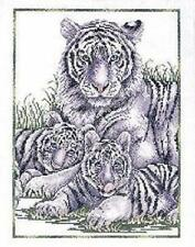 "Tigres blancs (Tigress & oursons) Cross Stitch Kit - 11 ""x 14"" - design works"