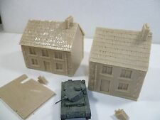 2 x Unpainted resin Houses for 15mm wargames, 1/100th scale.  RB153 & RB 151