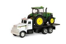 John Deere DealerTruck Peterbilt Flatbed with 7200 Tractor 1:64  Ertl 2014 New!