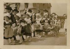 PHOTO ANCIENNE - VINTAGE SNAPSHOT - CARANTEC FÊTE FLEURS DÉFILÉ FOLKLORE 1935  4