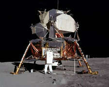 NASA APOLLO 11 BUZZ ALDRIN AND LUNAR LANDER 8x10 PHOTO