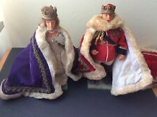 Peggy Nisbet doll models King Edward VII and Queen Alexandra with robes