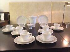 HUTSCHENREUTHER Carolus Magnus, 26 pièces café ou service à thé pour 8 personnes.