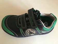 Clarks Jets Pre Boys Trainers Size 8.5 G BRAND NEW