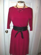 WHITE HOUSE BLACK MARKET-sz 0--PLEATED KNIT DRESS--SEXY AND VERSATILE-NWT