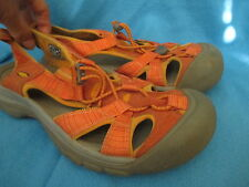KEEN WOMANS  FISHERMAN STYLE SANDALS, SIZE 8.5M