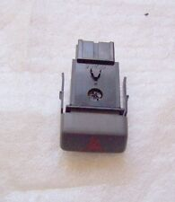 Volvo S40 V40 Peligro Advertencia Luces Interruptor 1996 to 2004 30862865