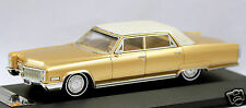 1/43 Premium X Cadillac Fleetwood Sixty Special Brougham 1967 gold MIB