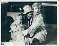 1982 Billy Moses Comforts Crying Ana Alicia Falcon Crest TV Soap Press Photo