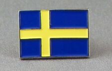 Sweden / Swedish Flag Enamel & Metal Lapel / Pin Badge - 24mm BRAND NEW