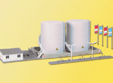 Kibri N scale Large Fuel Tanks with loading facility kit 37467 Industry