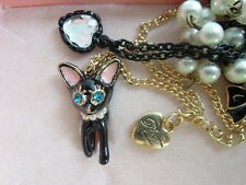 Betsey Johnson enamel Black Cat gold toned two folded pearls Necklace [11n]