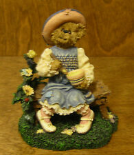 Boyds Classic Bearytales #2455 Lil' Miss Muffet..What's in the Bowl?, Mint/Box