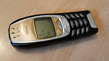 Elegant: Nokia 6310i en negro-oro incl. neuak. --- software 7.00 ---