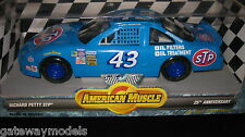 1.18 AMERICAN MUSCLE RICHARD PETTY STP 25th ANNIVERSARY  BOBBY HAMILTON #7802