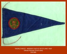 WORLD ROVER SCOUT MOOT 1939 - Official Pennant with Badge sewn-in