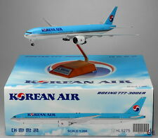 Korean Air B777-300ER Reg: HL8275 JC Wings 1:200 Diecast Models        XX2970