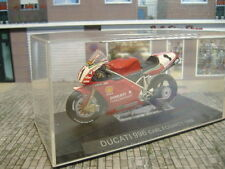 1/24 (NO 1/43) IXO ALTAYA DUCATI 996 CARL FOGARTY 1999