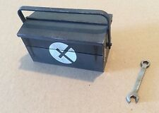 ThreeA 1/6 Night Fixer Jenkins Toolbox And Spanner - 3A Ashley Wood WWR