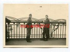 Foto, Wehrmacht, Soldaten, Blick auf die Weichselbrücke, Warschau, Polen