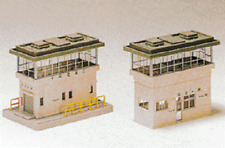 Kato Station Office & Signal Tower Set 23-315