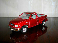 ROAD SIGNATURE FORD F-150 PICK UP 1998 N°94217 EN METALLISE ROUGE AU 1/43 + B.O