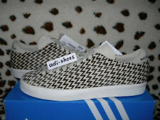 ADIDAS MATCH PLAY ZIG-ZAG FAUX FUR PONY 2012 Gr.42 UK 8 G95966 spezial gazelle