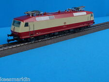 Marklin 3153 DB Electric Locomotive Br 120 Ivory-Red
