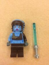 Lego Aayla Secura Minifigure with Lightsaber (SW284) from set 8098 FREE SHIPPING