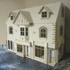 Doll House  YORK ST   Row of 3 Shops with 6 Rooms Above   1/12 SCALE  KIT