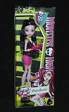 Monster High Creepateria Daughter of Dracula Draculaura Doll BNIB