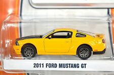 FORD MUSTANG GT 2011 YELLOW GREENLIGHT MUSCLE SERIES 10 13100 1:64 NEW