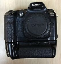 CANON EOS D30 Digital SLR Camera Body  3.2 MP   w/Battery Grip BG-ED3