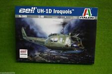 Bell UH-1D IROQUOIS Helicopter 1/48 Scale Italeri 849