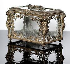 Historicismo joyas box cajita de secretos cerceuil bronce putto Casket Bronzo cofanetto